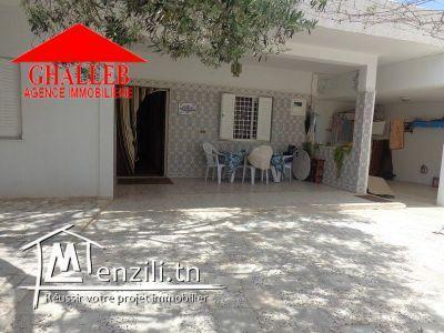 A vendre une belle maison à Hammamet