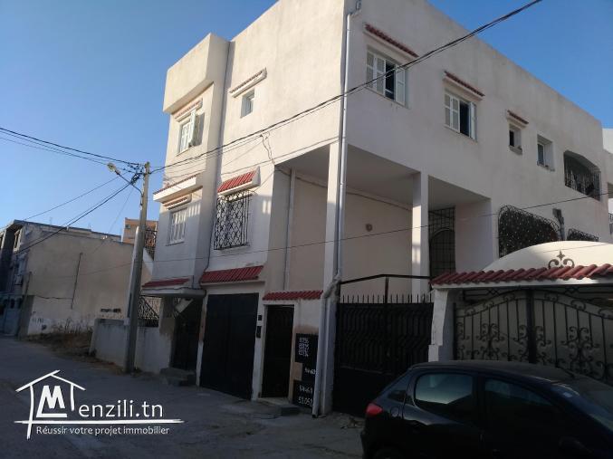 Villa de 430 m² à fort potentiel pour investisseur ou particulier
