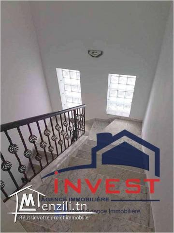 Maison Villa S+4 avec terrasse et jardin à Gammarth Tunis La ...