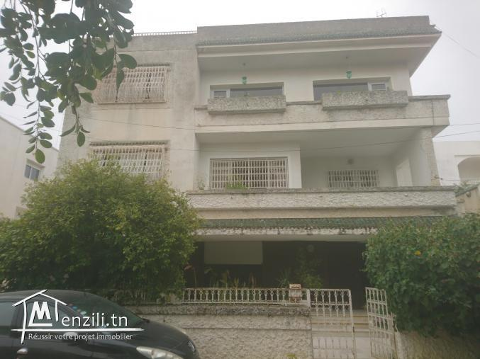 Villa 800m², El Menzah 6