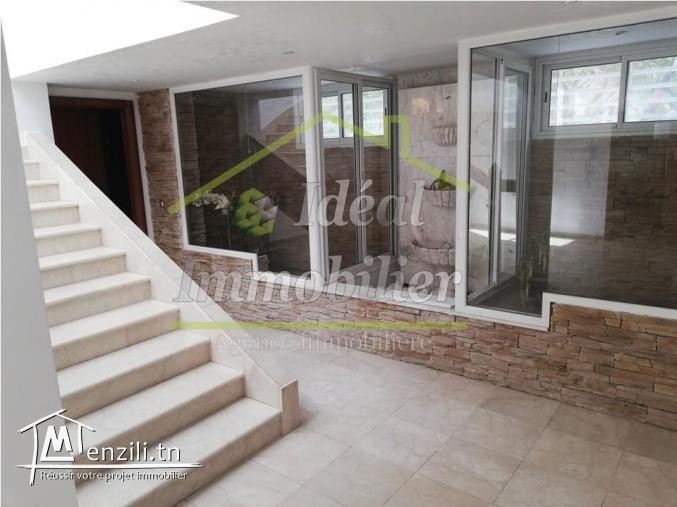 A louer  très belle villa à Sidi Daoued