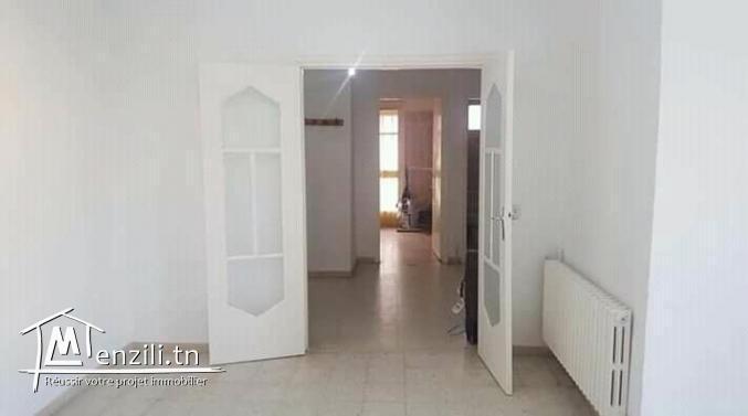 Particulier vend un appartement au coeur de manar 1