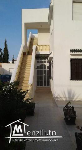 A vendre une belle villa à 3 minutes de la plage zone touristique de Borj Cedria