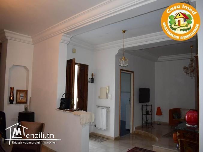 une superbe villa avec deux étages indépendants à Cité Nozha, Ariana