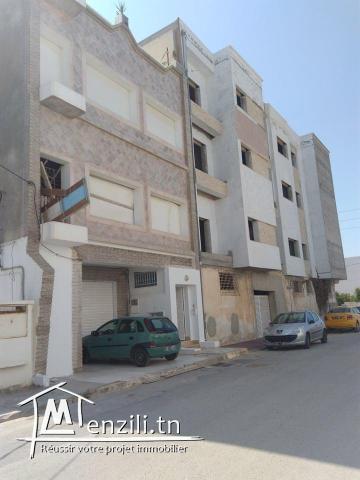 immeubles composé de quatre étages a la soukra
