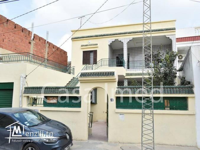 une villa de deux étages situé à sidi hsine .