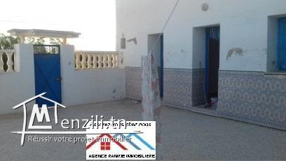 Maison style arabesque ds 160m2 a el haouaria