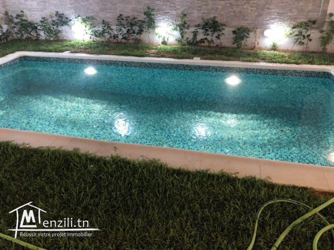 Villa chic avec piscine à La Soukra
