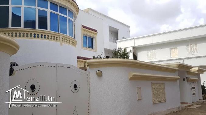 Villa meublé à Hammamet  près de la plage
