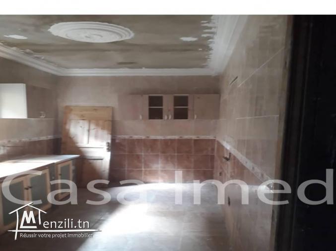 une villa à 3 etages a bhar lazrak la marsa