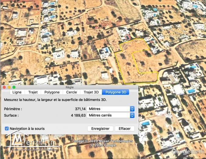 Terrain de construction proche de la mer a Djerba