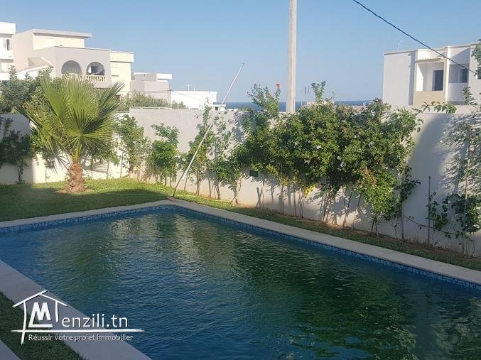 villa haut standing avec piscine