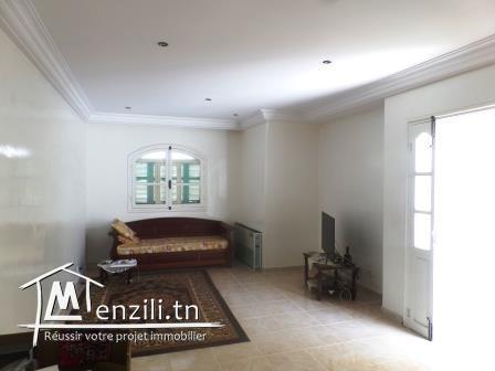 Villa S+4 de 142 m² sur un terrain de 129 m² à la Nouvelle Médina II