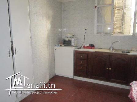 Villa S+3 de 100 m² sur un terrain de 506 m² à Mégrine