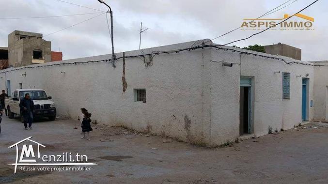 Maison arbi au centre ville kelibia