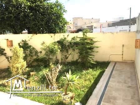 Appartement S+3 de 110 m² à Medina Jedida :