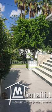A louer villa avec piscine à usage professionnel à Menzah1
