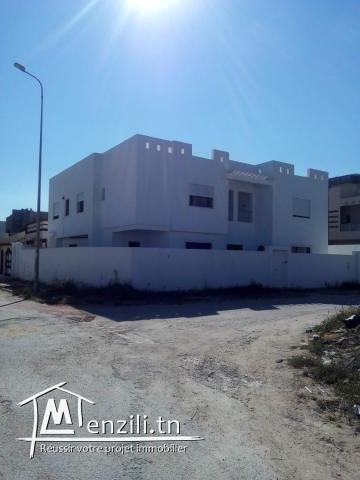 a vendre villa de 220 m2