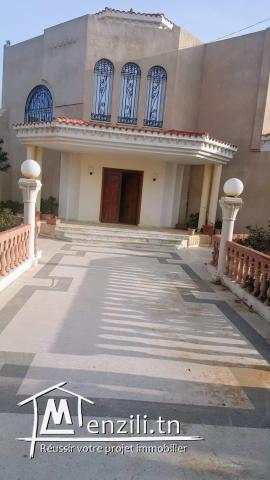 Belle villa de 2000 m2
