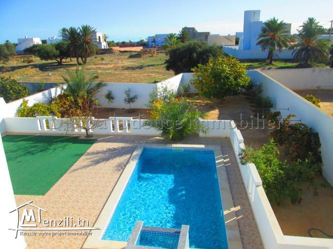spacieuse villa avec piscine vue de mer a tézdaine_Djerba - Djerba