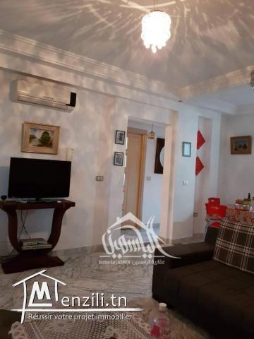 à vendre un appartement à Chott Mariem au résidence au bord de la plage