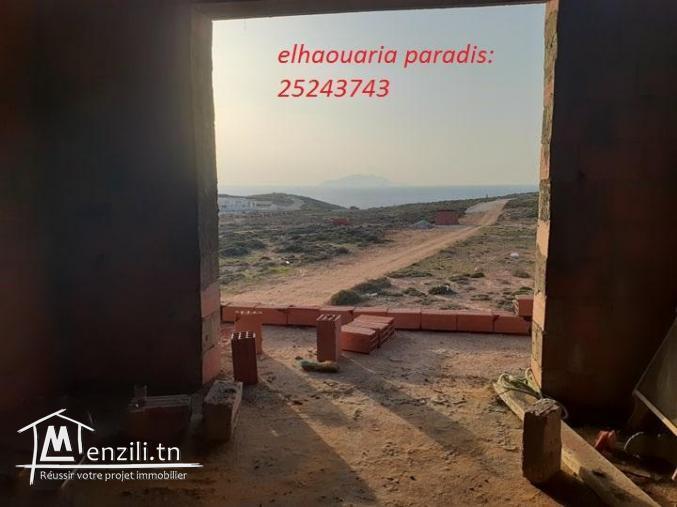 une villa de rêve (inachevé)  s+5 de  style américain situé à la plage elhaouaria