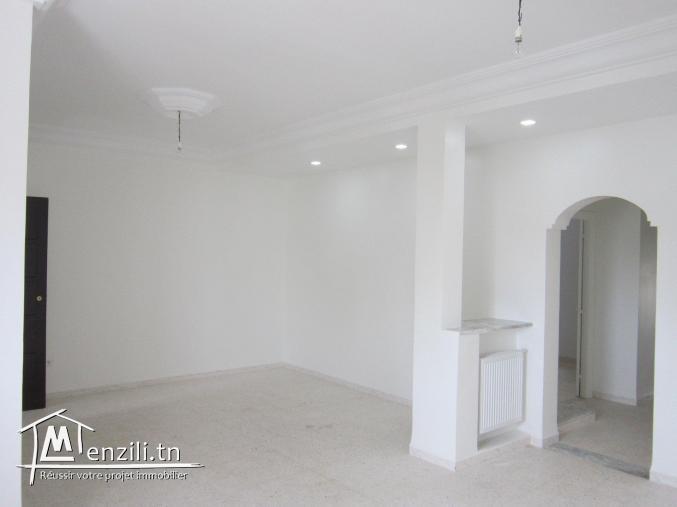 étage de villa S+3 à sahloul prés de tous commodité