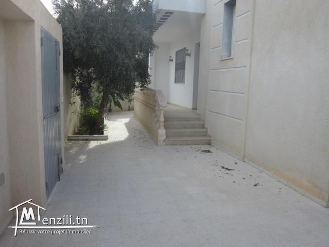une villa indépendante à khzema