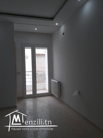 étage de villa de type S+3 situé à Sahloul