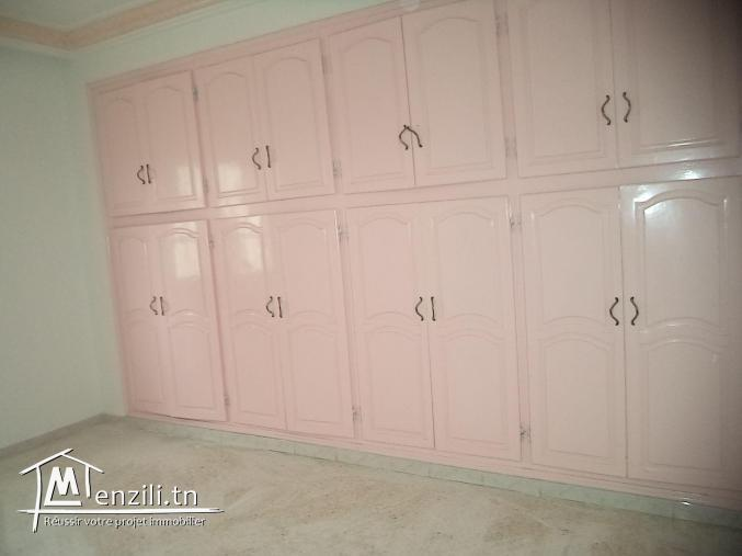 etage de villa s+4 a sahloul