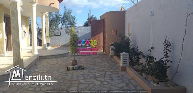 Maison de Campagne à Vendre à Kalaa Sghira-Sousse
