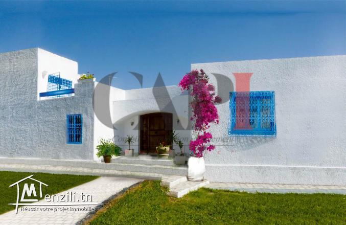 à vendre villa de 1300 m2 à la soukra