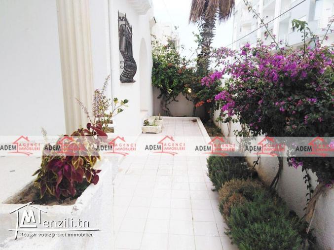 Adorable villa avec garage et jardin