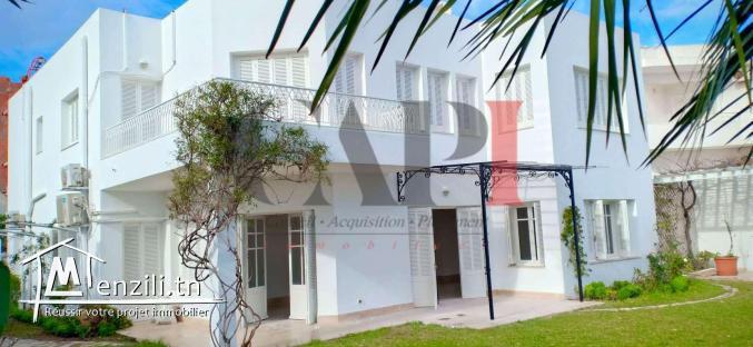 villa de maître à menzah 9 A