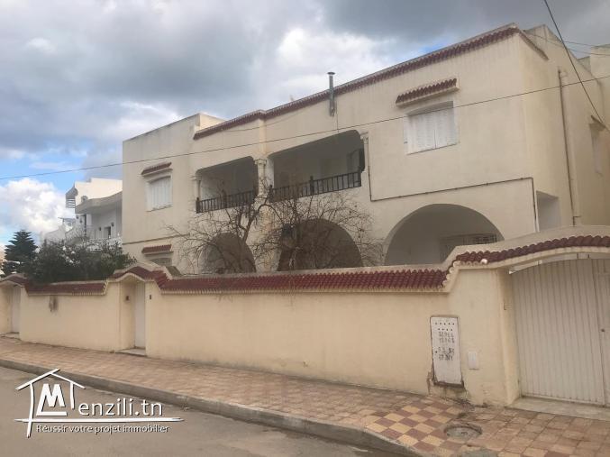Villa + 2 appartements Khzema Sousse