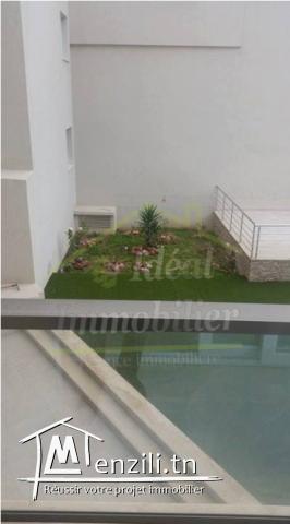 Bel appartement S+4 aux Jardins de Carthage