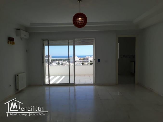 un appartement S+3 de Haut standing lumineux avec une vue panoramique Mer