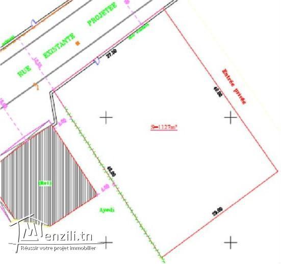 Terrain de 1127 m²