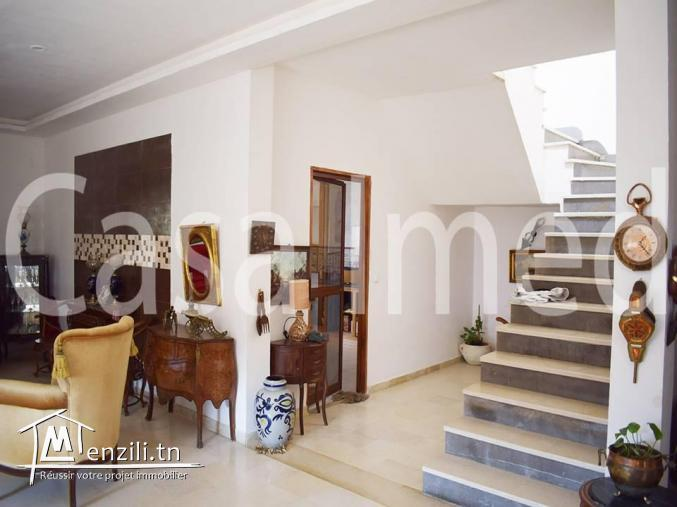 un étage de villa