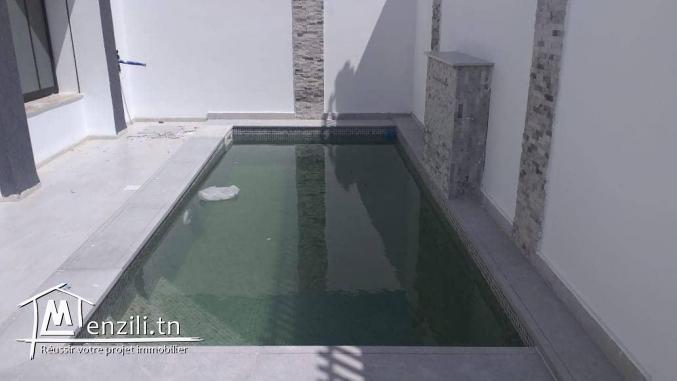 belle villa de 327.5 m2