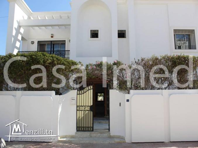 une villa de 350 m2