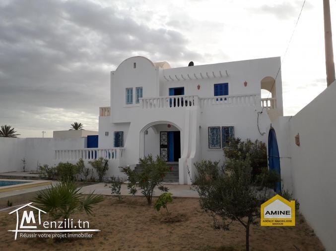 Villa avec piscine privée sans vis-à-vis à Djerba Midoun proche de la mer