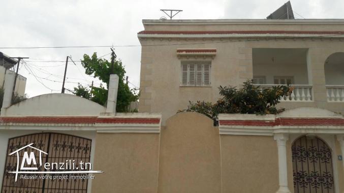une coquette villa à Jaafar 2 .