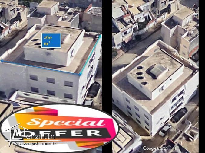 A vendre toit d'une immeuble superficie totale de 260 m²