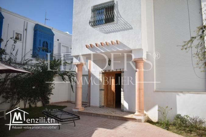 Une belle villa s+3 très haut standing située à YASMINA HAMMAMET 27246310