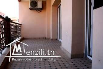 Etage de maison de 160 m2 à Bardo