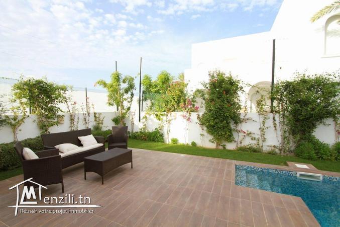 villa avec piscine à louer L 134