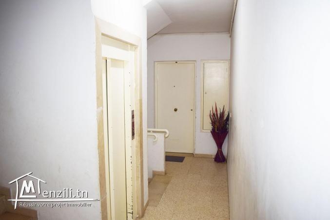 Appartement très spacieux s+3 à Ennaser 1