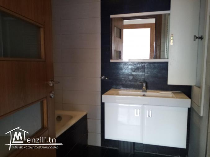 À vendre un appartement en s+2 à Cité caserne Sousse