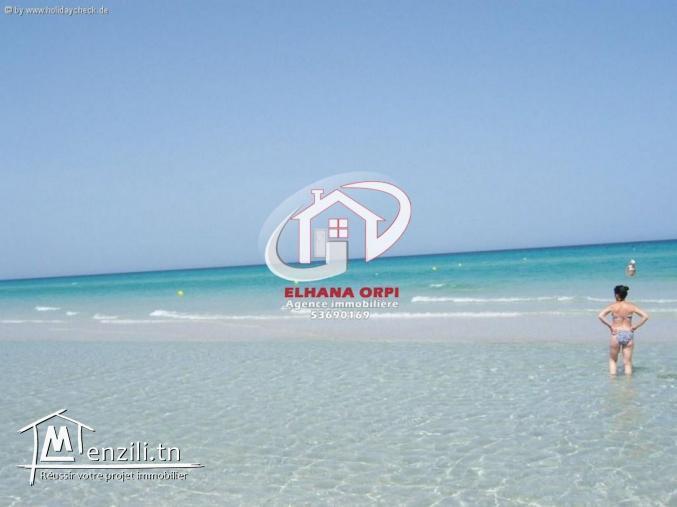 appartement à louer proche de la mer à baghdedi